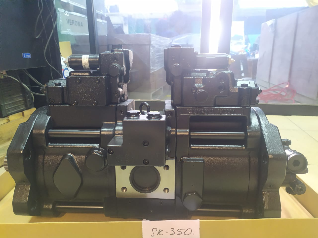Spare Part Hydraulic Pump SK350